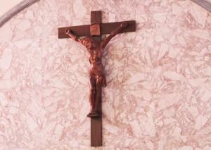 クララ聖堂十字架